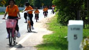 ปฏิบัติการ ลุก ปลุก เปลี่ยน 2 ตอน อุบัติเหตุทางถนนเป็นศูนย์ได้ที่ร้อยเอ็ด